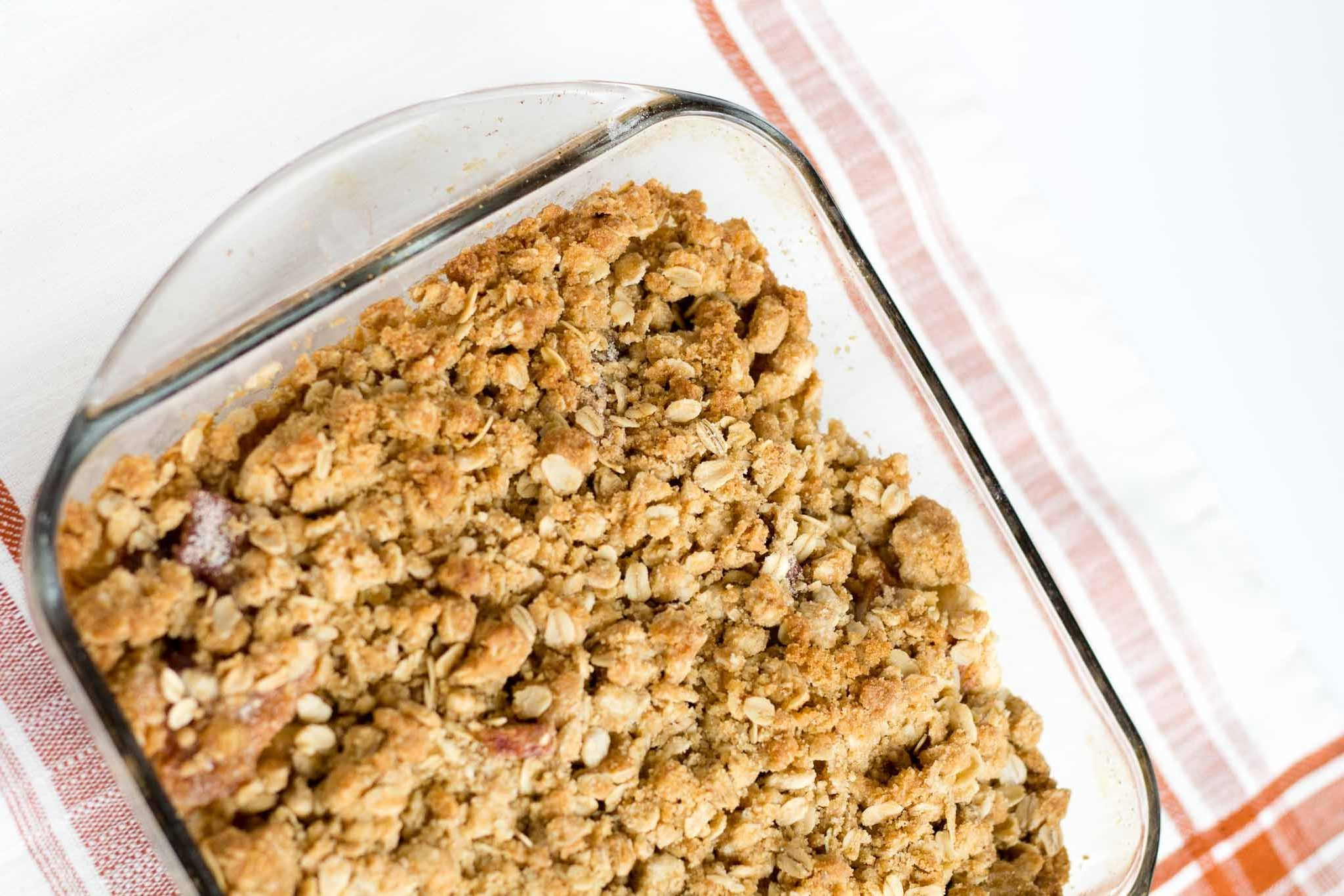 Easy oatmeal crumble topping recipe